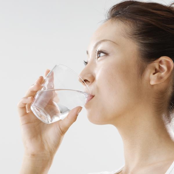 自然回帰水の水飲み健康法